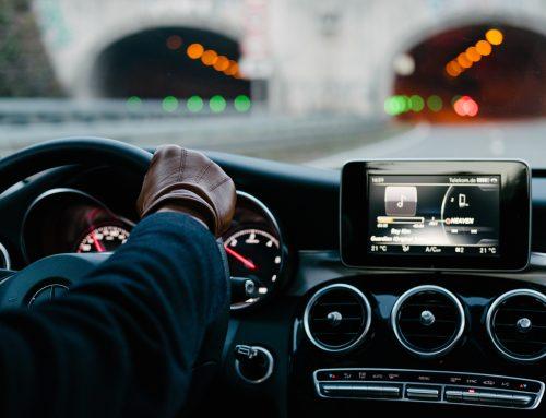 Peut-on utiliser une dashcam dans son véhicule? 🚗📸